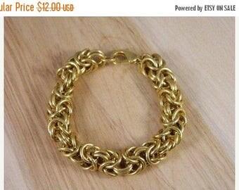 ETSYCIJ Park Lane Large Link Bracelet / Vintage Goldtone Twisted Chain Link Bracelet / Goldtone Large Tennis Bracelet