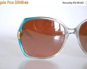 ON SALE vintage turquoise sunglasses