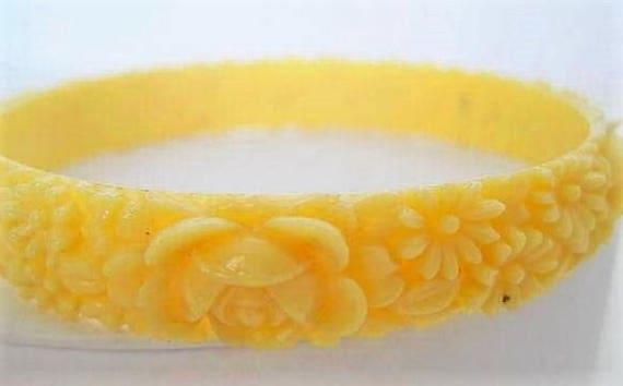 Celluloid Rose Bracelet - Off White Molded - Carved Roses Bangle