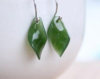 FLASH SALE Silver Twisted Leaf Jade Gemstone Earrings - 925 Sterling Silver - Dangle Earrings