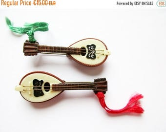 SUMMER SALE - Set of 2 Pieces German Vintage Bavarian Guitar Hat Pin Brooch Jewelry from the 60s