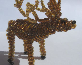 Miniature deer in seed beads and copper wire