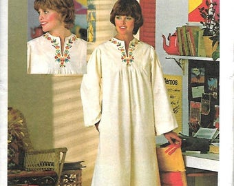 ON SALE Butterick 4560 Misses Hippie Caftan Pattern With 4-Color Transfer, Size 12, UNCUT