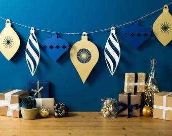 Christmas Mantle Garland, Mantle Decoration, Large Garland, Christmas Decoration, Bauble Garland, Xmas Decor, Christmas Decor, Xmas Bunting,