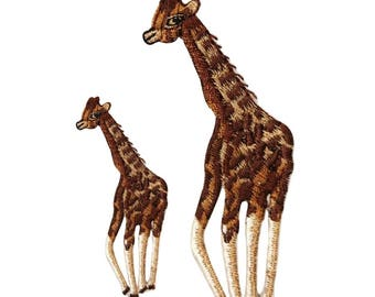ID 0556AB Set of 2 Pair Of Wild Animal Giraffe Patch Embroidered IronOn Applique