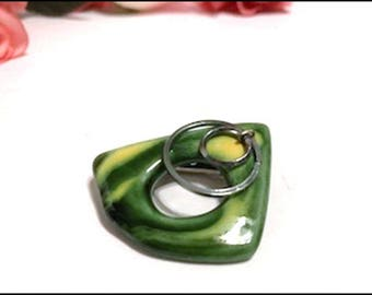1970s Pop Art - Vintage Abstract Green n Yellow Brooch - Mondernistic Swooch - Pin-2812a-070917008