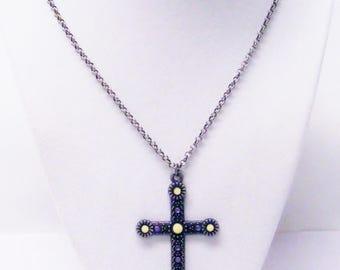 Decorative Antique Silver Plated Cross Pendant Necklace