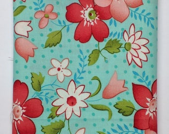 Vintage Modern Flowers in Sky by Bonnie & Camille - 1 Fat Quarter + 1