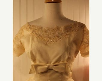 60% OFF Clearance Sale 50s Vintage Party Prom Dress Ivory Cream Lace Beads Sequin Accents Sz S
