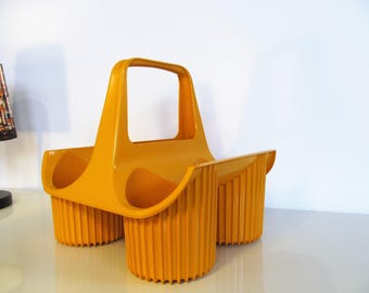 Vintage Plastic CURVER Bottle Holder Orange Bottle Rack Wine Rack 4 Bottles Made in Holland, Kitchenelia 70s