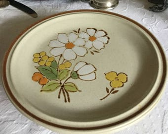 """Six-Hearthside Stoneware Japan Floral Expressions-Daisy-Summertime-Salad Plates-7 1/2"""""""