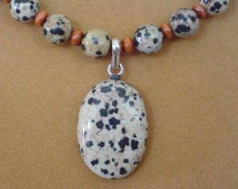 "Beautiful 18"" Dalmation Jasper pendant necklace - N536"