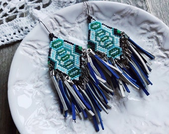 Beadwork, native american, fringe beadweaving, forest, pine, pine forest, wind, magical, nature, natural, green