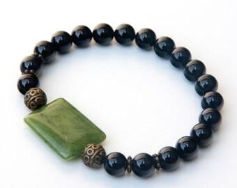 Jade bracelet, black onyx bracelet, canadian jade, black onyx jewelry, jade jewelry, black onyx, green jade bracelet, jade, onyx bracelet