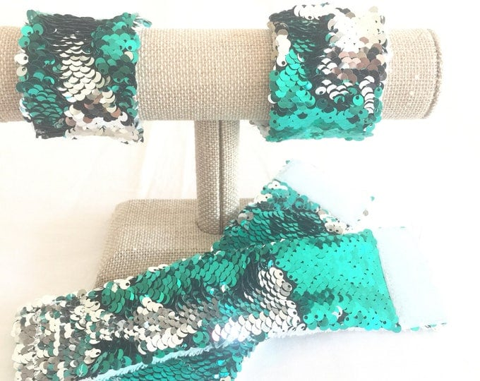 Sequin Mermaid Bracelet, Sensory Tool, Green and Silver Double sided sequins, School Spirit Accessory, Calming bracelet, Kids bracelet