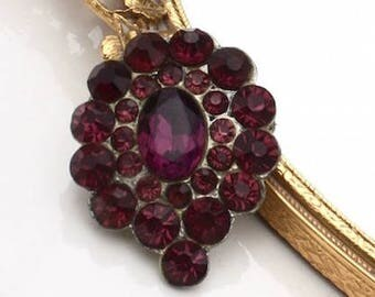 Purple Glass Rhinestone Brooch ~ Vintage Pin w/ Cluster of Faceted Rhinestones