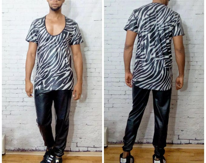 Coated Zebra Printed Horse Shoe Neckline T-Shirt
