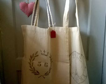Paris / French themed Calico Shopper with Eiffel Tower and Wreath Stencils