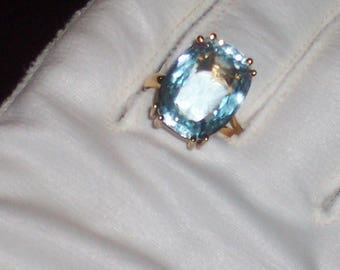 Vintage Aquamarine Ring ~ 13.78 Carats ~ 14K Yellow Gold ~ w/appraisal ~ Estate Sale~ Engagement~ Anniversary ~ Size 8.5-9 ~ FREE SHIPPING