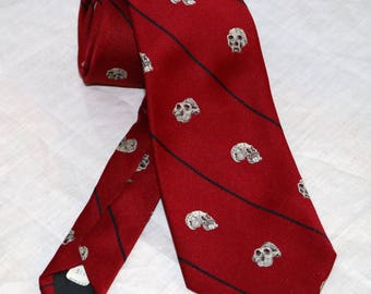 Museum Collection by Schreter Men's Tie  - Skulls - Human Anthropology - Made in USA - 5% Silk 95 Polyester -Dr Richard Leaky - Kenya
