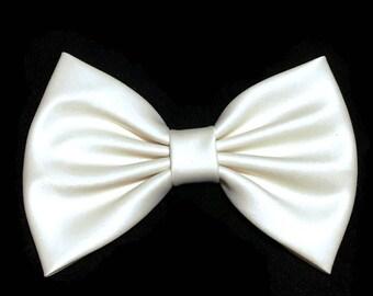 Ivory Hair Bow, Satin Hair Bow Clip, Bows For Women, Kawaii Bows, Handmade Bow, Satin Fabric Bow, Lolita Bow, Baby Girl Bow, Ivory ST009