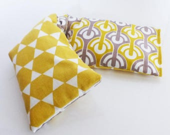 Small heating pad 31 cm x 9 cm fabric geometric yellow and grey Argyle