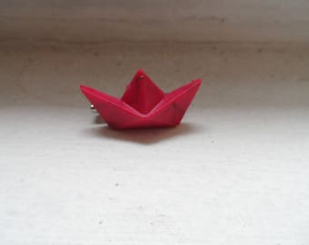 Little pink origami boat brooch