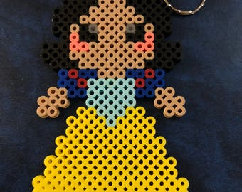 Perler Bead/ Hama Bead/ Snow White Keychain / Disney Princess