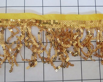 3.5 Gold 3mm Sequins Fringe Trim (C-A)