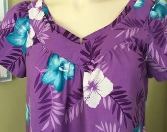 Vintage Hawaiian Mu'u mu'u, Size Medium