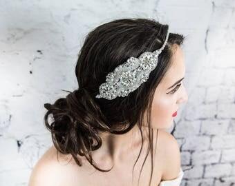 Pearl hair comb, bridal hair comb, pearl decorative combs, bridal hair jewelry, bridal headpiece, wedding headpiece, bridal hair jewelry