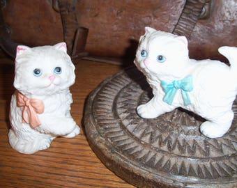 Vintage Pair of White Ceramic Cats Kittens Japan Figurines