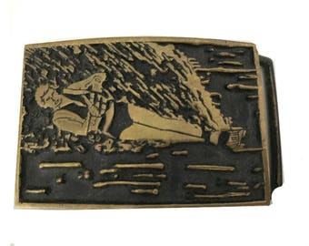 Vintage Water Ski Belt Buckle - Skiing Lake - Boating - Waterboarding 1970s - Solid Brass - Nautical - Water Sports