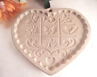 Shortbread Cookie Mold Gardens of the Heart Pampered Chef Stoneware Cookie Art Baking Tool and Crafts Supply Vintage 1996 Kitchen Decor