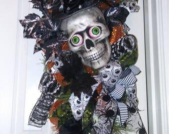 Skull Halloween Swag