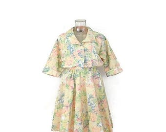 ON SALE Vintage Pale Yellow  Floral printed Short sleeve Dress /Sun dress from 1980's*