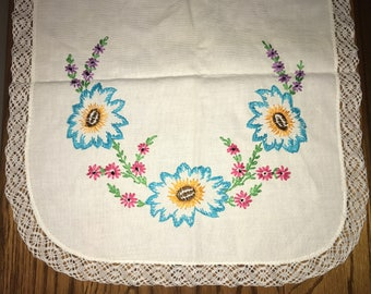 Vintage Hand Embroidery Floral Table Runner Dresser Scarf, Tatted