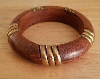 Beautiful Vintage Wood And Brass 7 1/2 Inch Wrist Bangle Bracelet