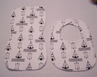 TePee's and arrow designs bib and burp cloth sets for baby boy/babies/infants/toddlers.