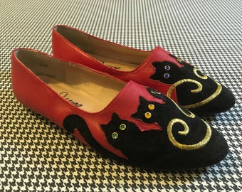 1980's, red, leather, flats, with black, suede, bejeweled eye, cat toes, by Joyce, Women's size 8.5W