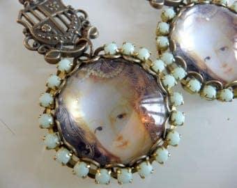 Earrings vintage Marie Antoinette Queen