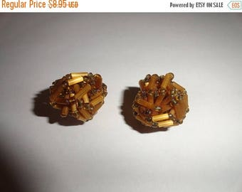 50% OFF Vintage clip on earrings gold 1 inch length Malibu CA estate