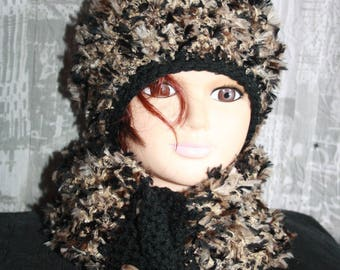 Hat and little hot Choker size