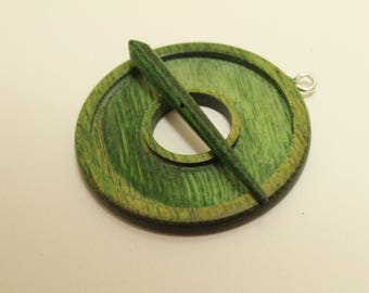 Green Toggle, dyed & laminated wood, hand carved