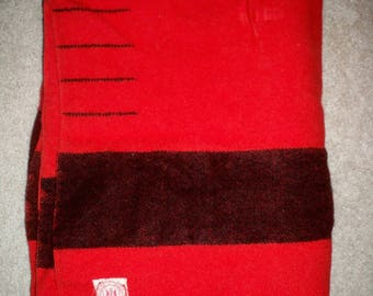 Rare Hudson's Bay Company HBC 4 Point Red Blanket England Wool Old Label With Black Stripe Made in England Size 80 by 64 inches