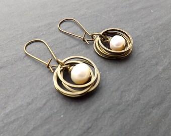 "Earrings ""rings"" Freshwater Pearl tone off white"