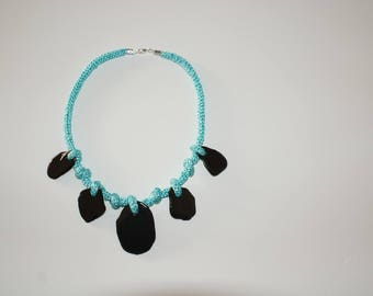Knitted necklace with painted slates