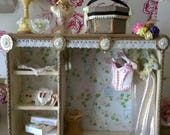 Dollhouse Shop Display unit with hidden lighting for shopdressingbed rooms 15 Items !!! Two are wearable