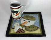 Snowman Quilted Mugrug,  Winter Theme Snack Mat, Mug Rug, Mini Placemat, Luncheon Mat, Handmade Beverage Mat, Mini Quilt, Mouse Pad, Mug Mat