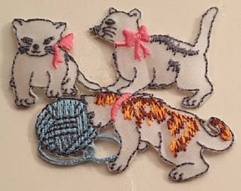 "Trio of White Cats Iron On Appliques 3.5"" x 2.5""  ***"
